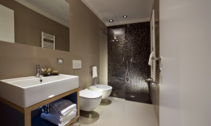 Bagno Relais B&B Atypical Rooms in Centro a Roma